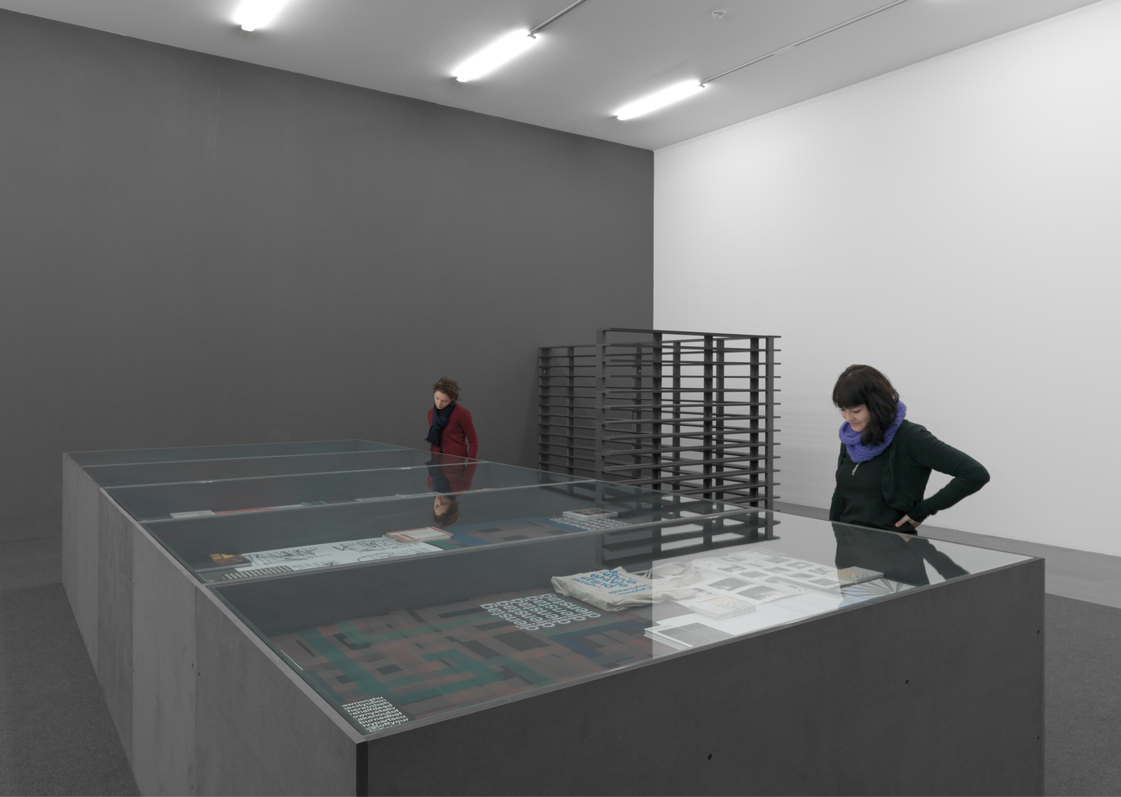 "Liam Gillik / ""Three Perspectives and a Short Scenario"", exhibition view, Kunsthalle Zürich / 2008"