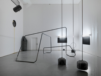 "Tatiana Trouvé / ""A Stay Between Enclosure and Space"", exhibition view, Migros Museum für Gegenwartskunst Zürich / 2009"