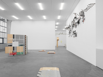 "Helen Marten / ""Almost the Exact Shape of Florida"", exhibition view, Kunsthalle Zürich / 2012"