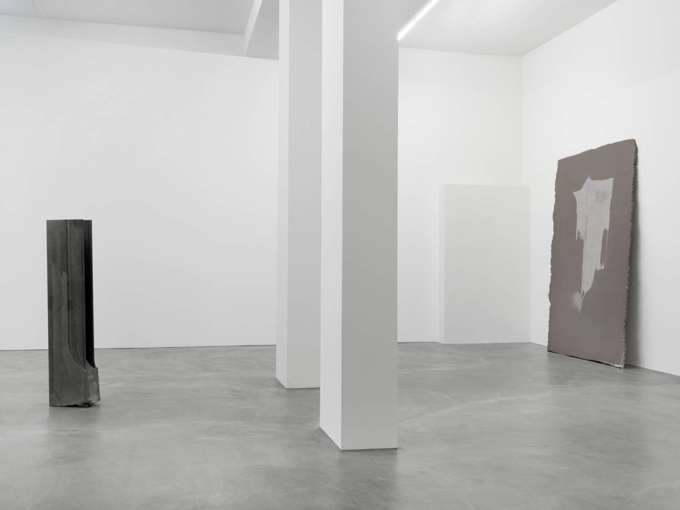 Trisha Donnelly / Exhibition view, Galerie Eva Presenhuber, Zürich / 2013