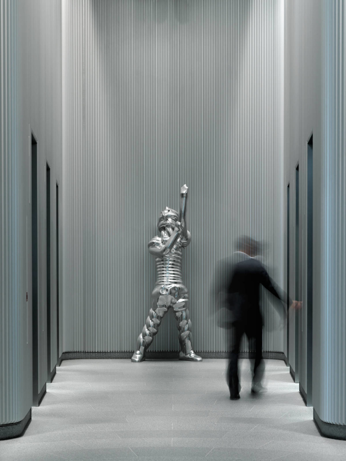 Thomas Schütte / Art at Swiss Re, installation view, London / 2014