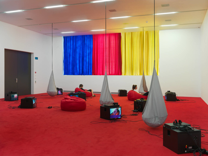 "Various Artists / ""Toy Redux"", exhibition view, Migros Museum für Gegenwartskunst Zürich / 2015"