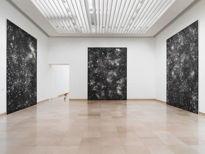 "Ugo Rondinone / ""Becoming Soil"", exhibition view, Carrée d'Art, Nimes / 2016"